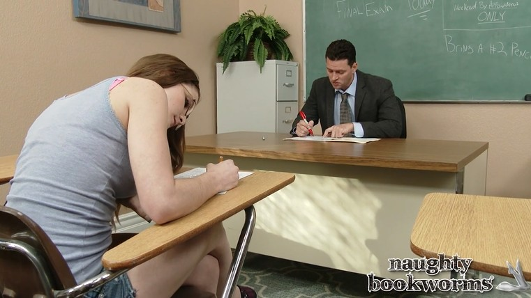 The teacher fucks a young girl in glasses