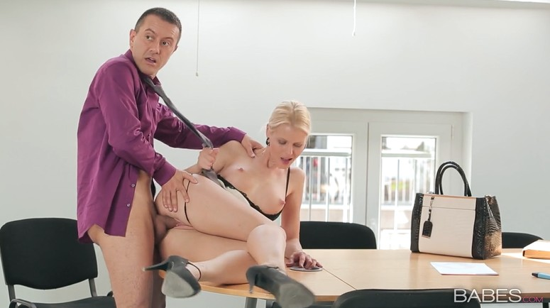 Сasual sex in my workplace