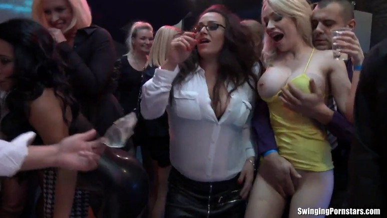 Drunk Fuck Orgy at the Nightclub