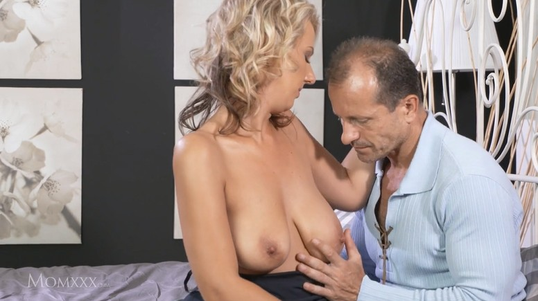 Passionate Fuck Of A Mature Couple