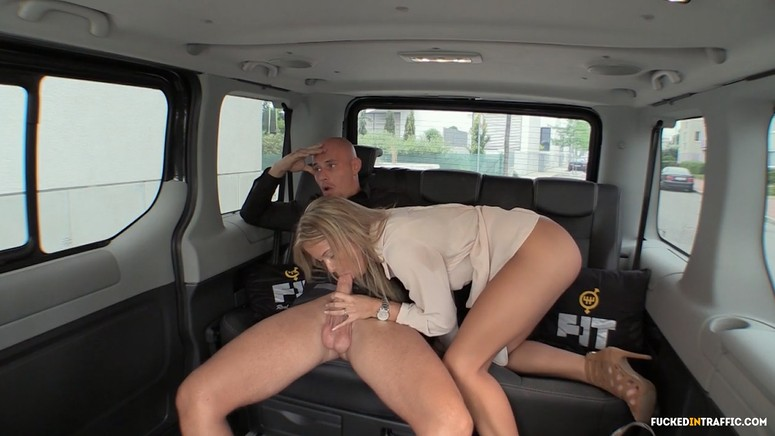 Hot car fuck with a beautiful wife