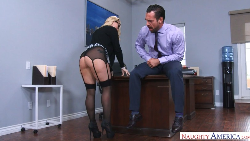 Office ass sex with dreamlike blonde